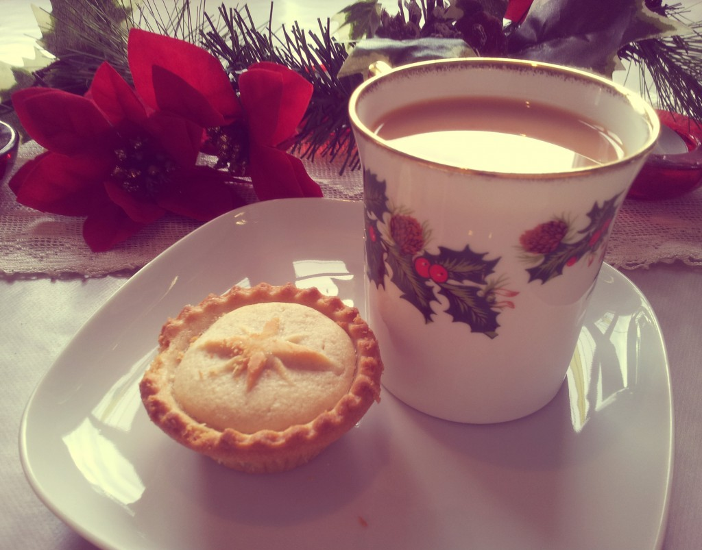 festive cuppa and mince pie