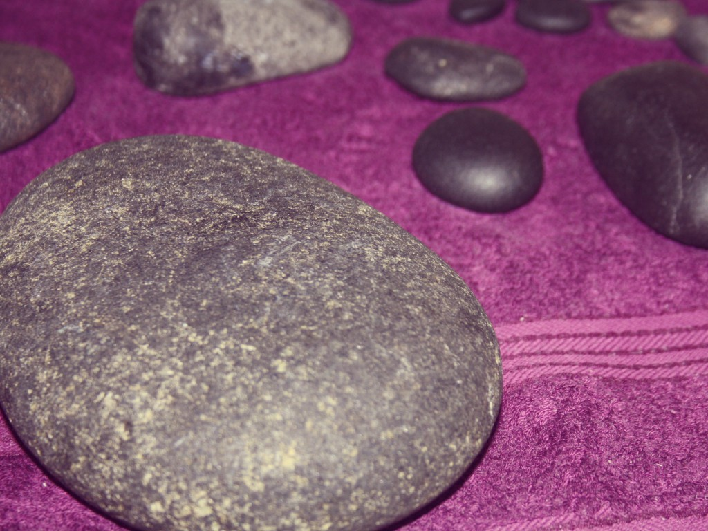 hot stones massage.jpeg