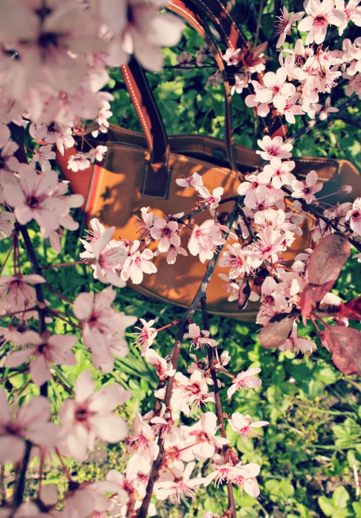 CRU Bag under blossom