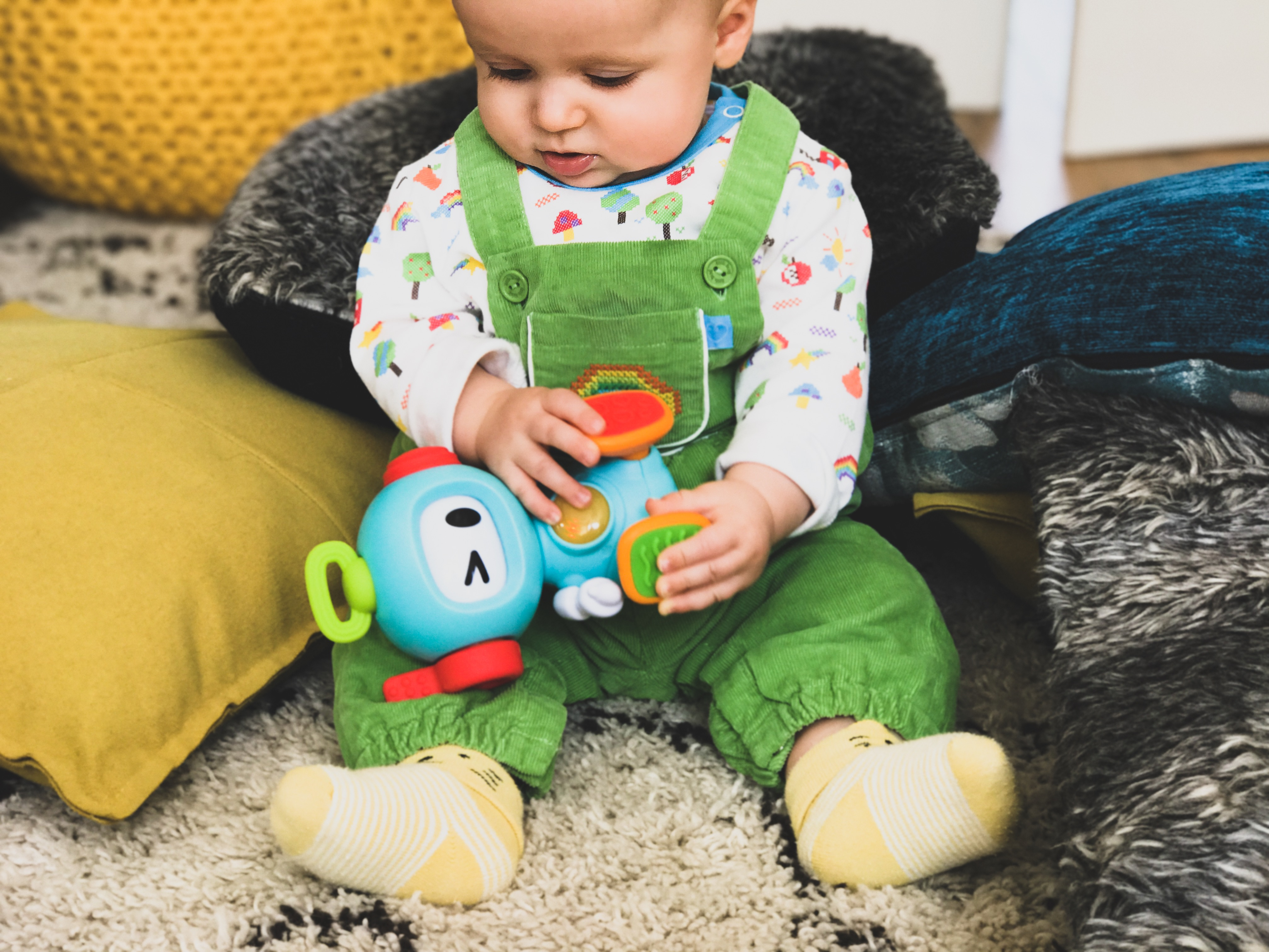 REVIEW BKIDS SENSORY TOYS Pouting In Heels
